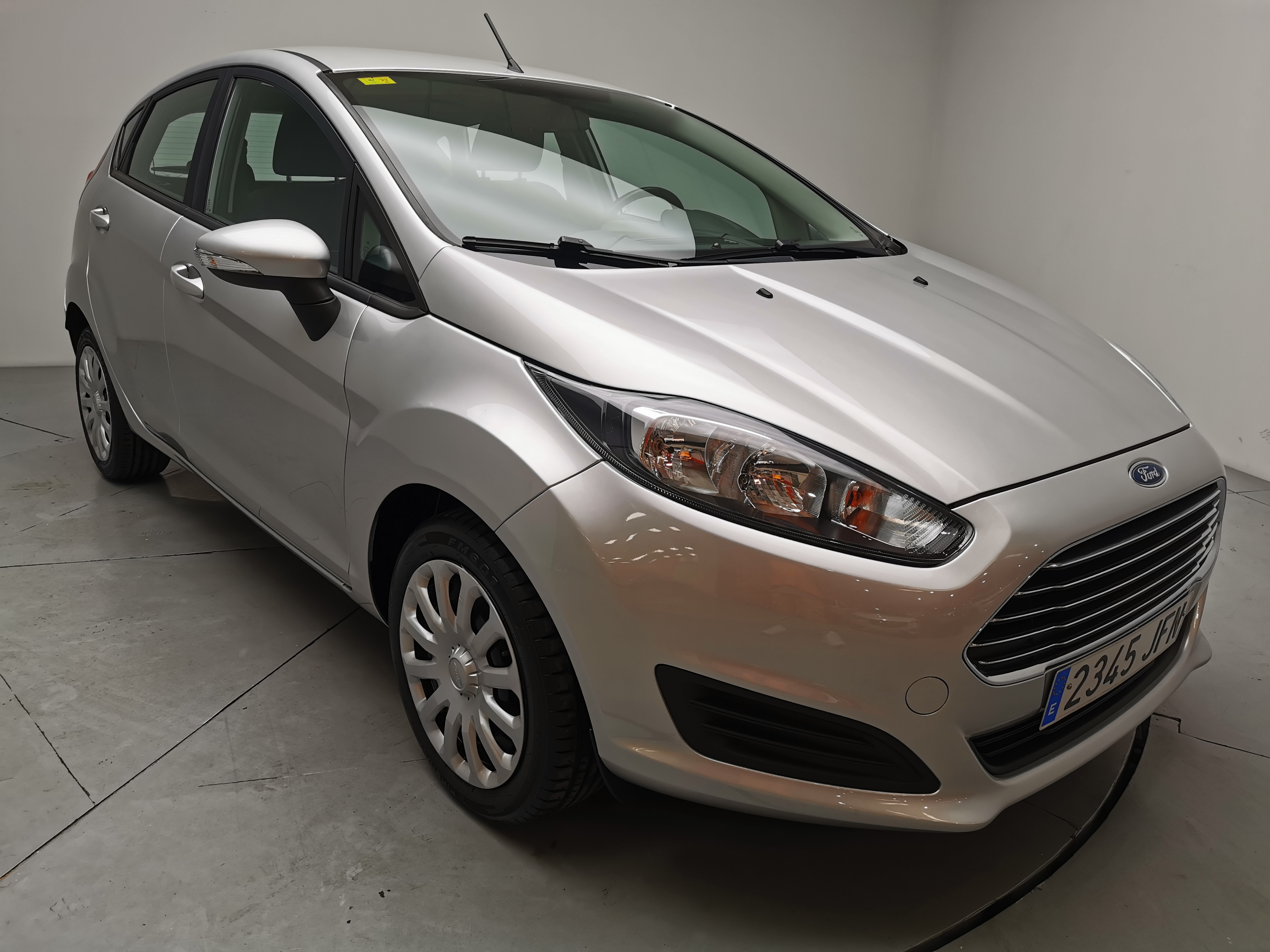 Ford Fiesta ocasión segunda mano 2015 Gasolina por 7.800€ en Málaga