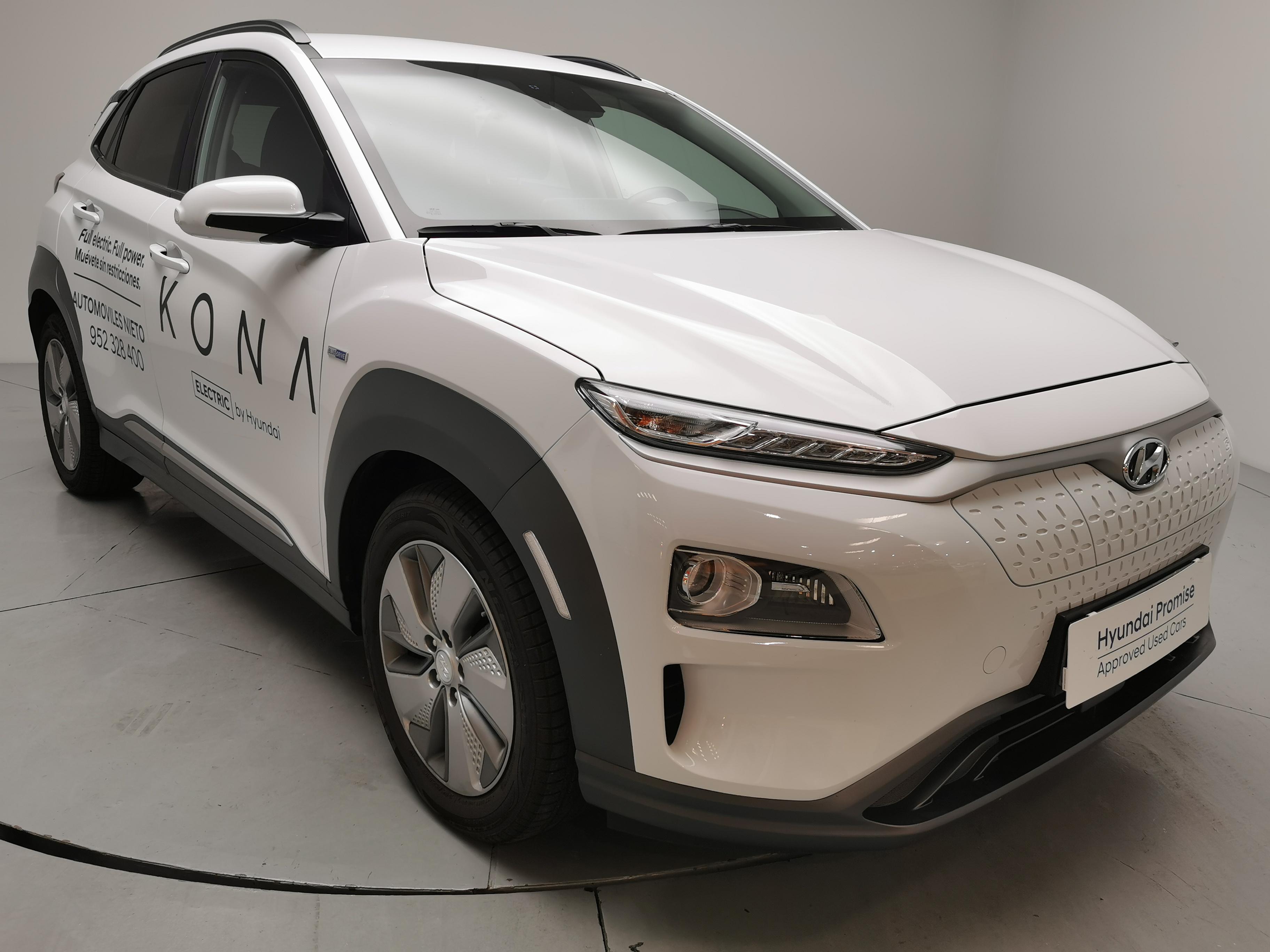 Hyundai Kona ocasión segunda mano 2020 Gasolina por 35.990€ en Málaga