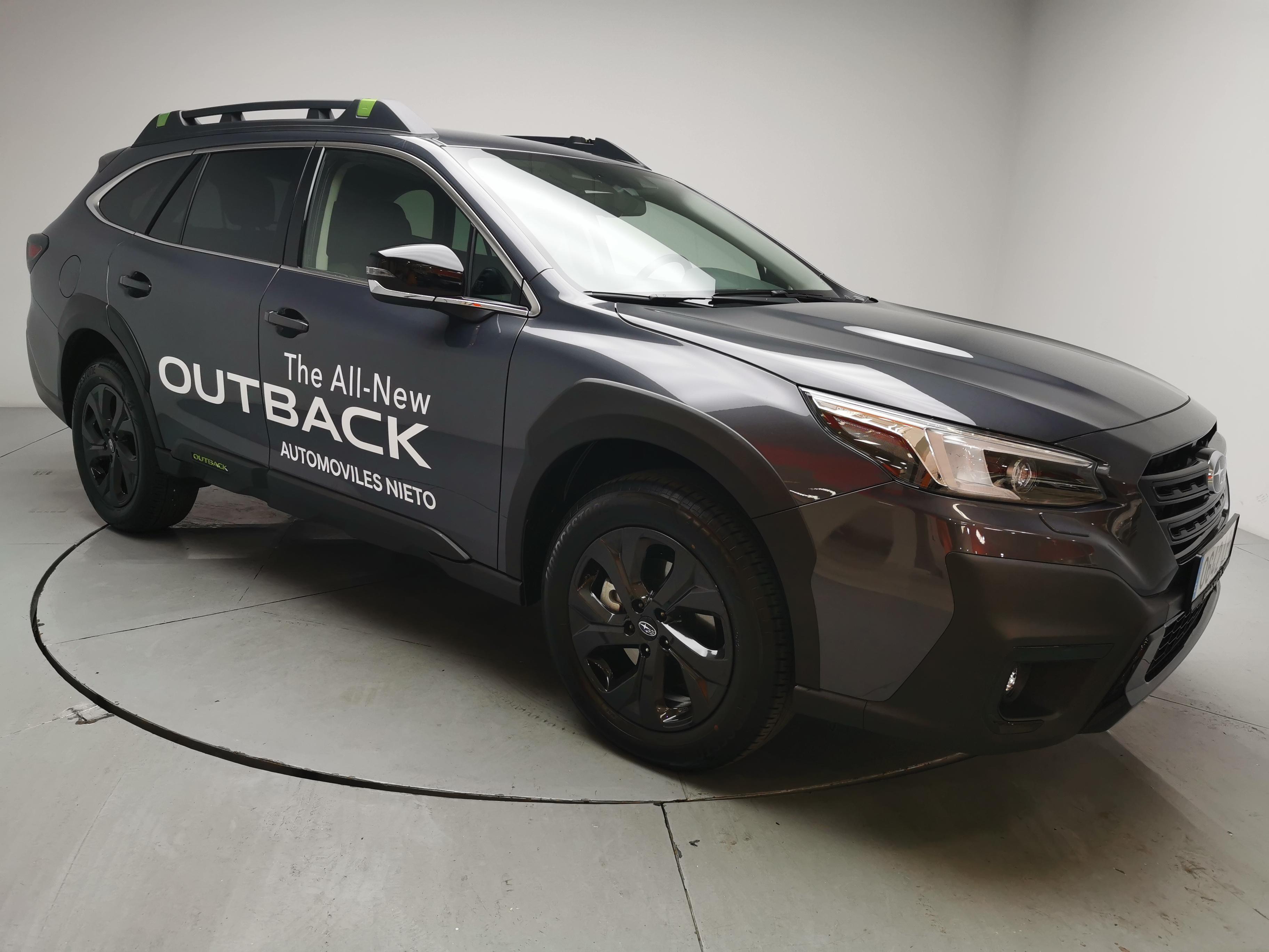 Subaru Outback ocasión segunda mano 2021 Gasolina por 37.400€ en Málaga