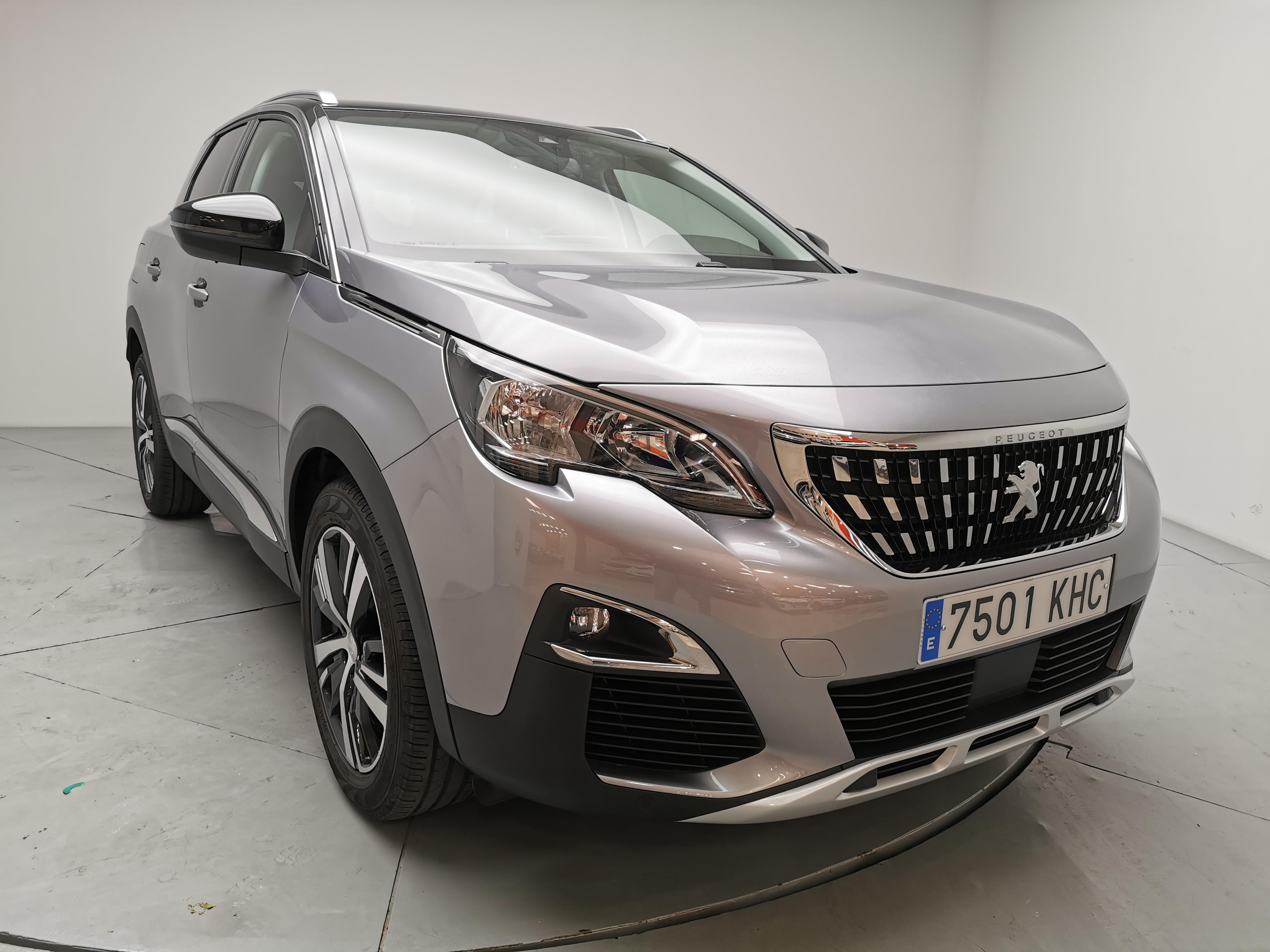 Peugeot 3008 ocasión segunda mano 2018 Diésel por 22.500€ en Málaga
