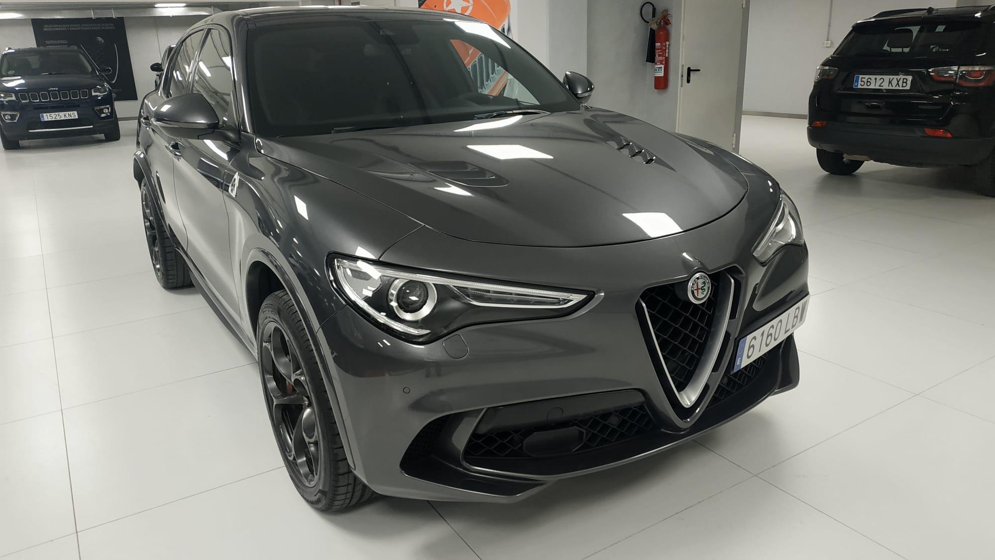 Alfa Romeo Stelvio ocasión segunda mano 2019 Gasolina por 73.900€ en Málaga