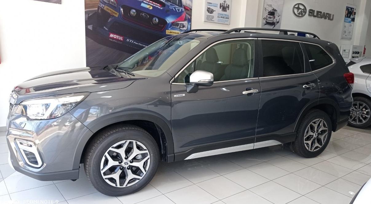 Subaru Forester ocasión segunda mano 2021 Gasolina por 33.600€ en Málaga