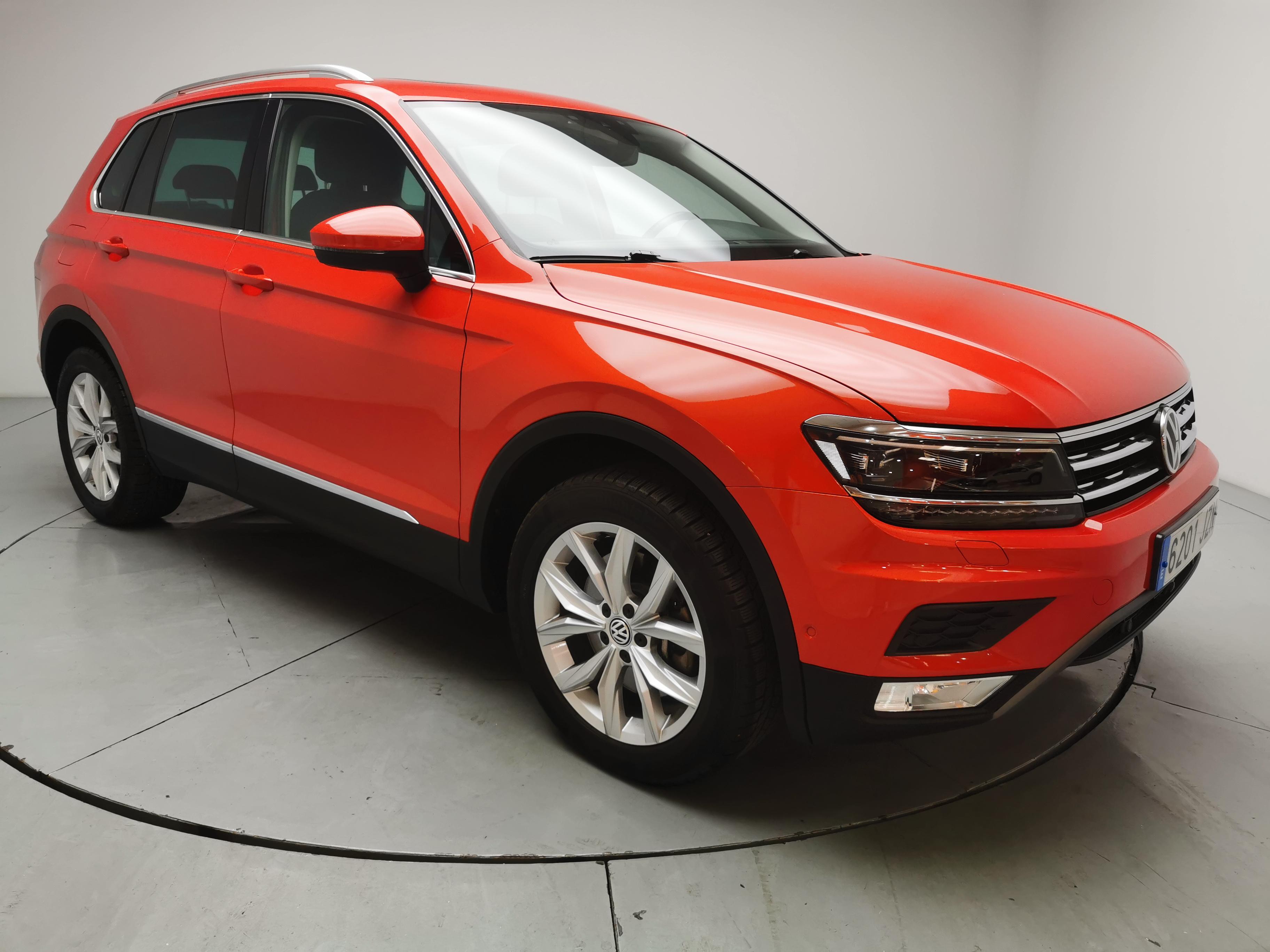 Volkswagen Tiguan ocasión segunda mano 2017 Gasolina por 28.900€ en Málaga