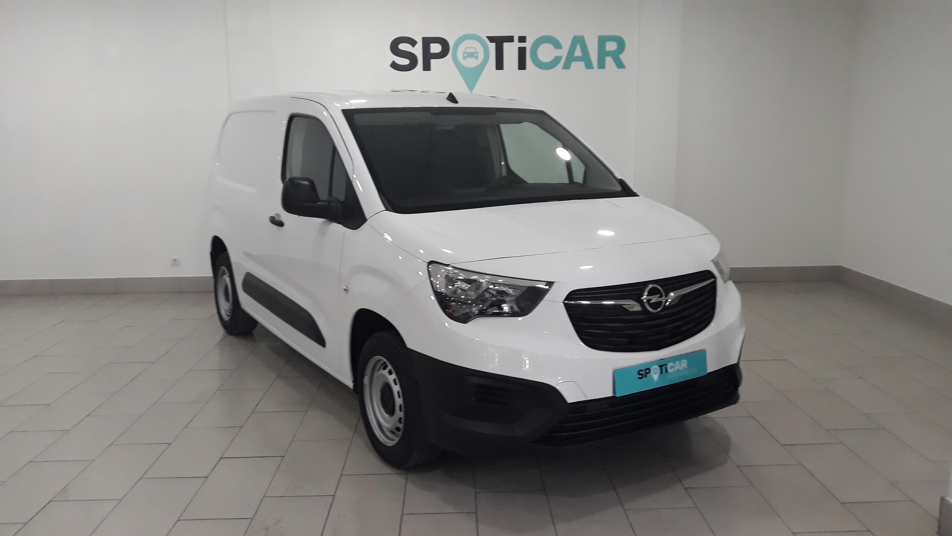 Opel Combo ocasión segunda mano 2021 Diésel por 19.900€ en Málaga