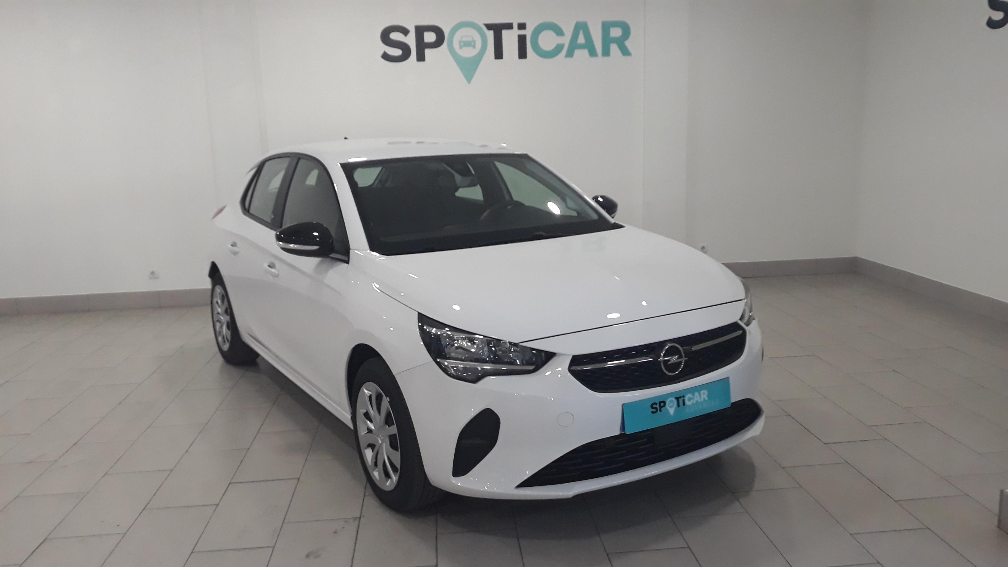 Opel Corsa ocasión segunda mano 2021 Gasolina por 26.600€ en Málaga