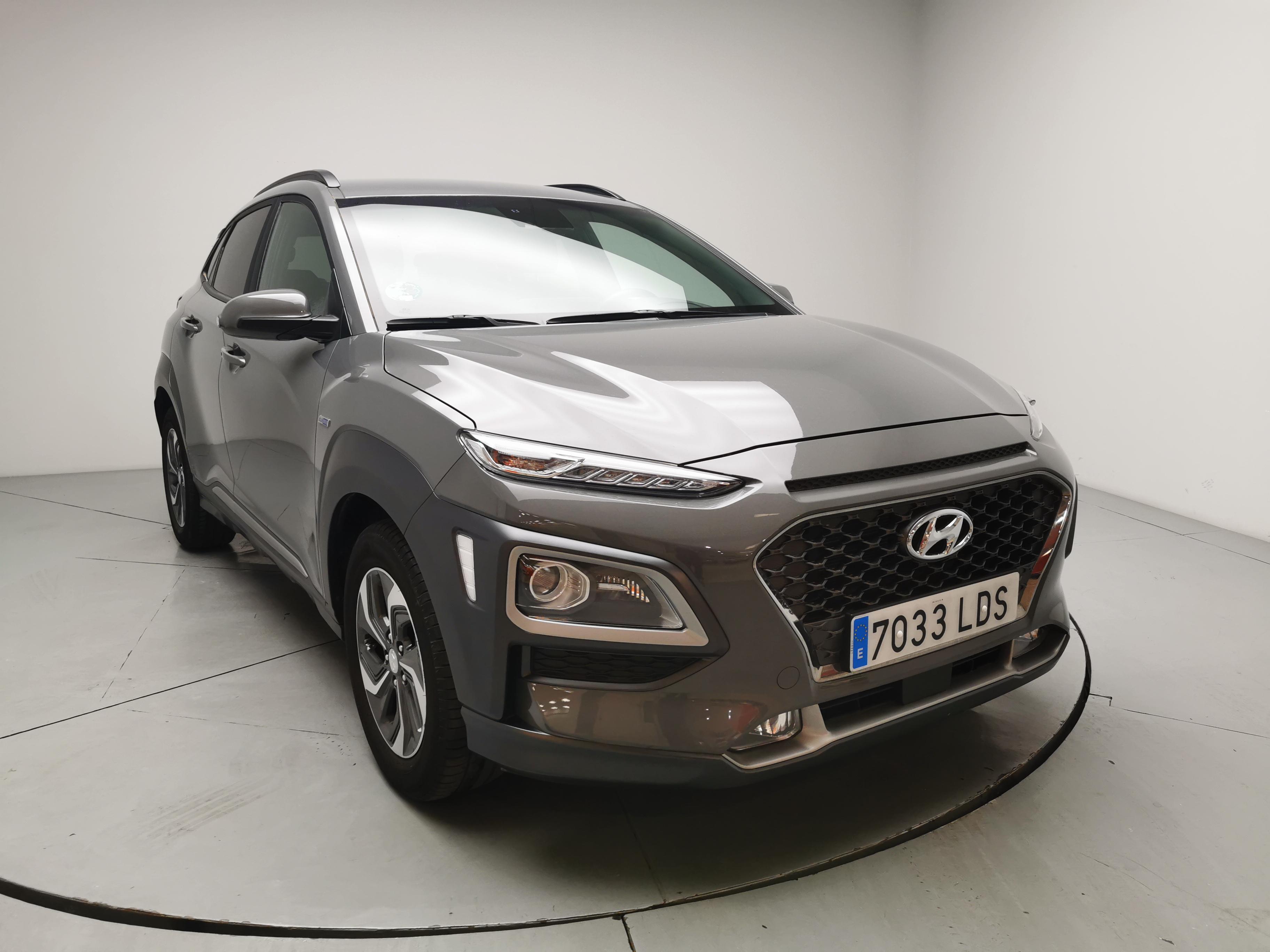 Hyundai Kona ocasión segunda mano 2020 Gasolina por 23.900€ en Málaga